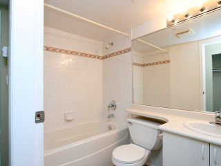 Photo 8: 901 2733 CHANDLERY Place in Vancouver: Fraserview VE Condo for sale (Vancouver East)  : MLS®# V996793