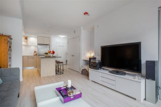 """Photo 5: 205 111 E 3RD Street in North Vancouver: Lower Lonsdale Condo for sale in """"VERSATILE"""" : MLS®# R2510116"""