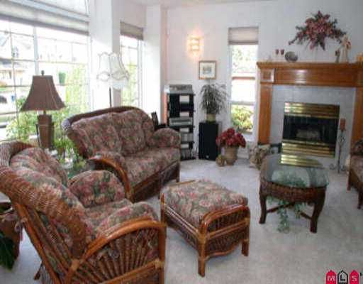 Photo 3: Photos: 35420 MCCORKELL DR in Abbotsford: Abbotsford East House for sale : MLS®# F2508855