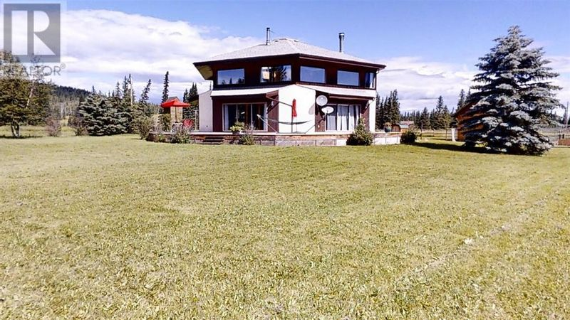 FEATURED LISTING: 50331 Hwy 16 West Rural Yellowhead County