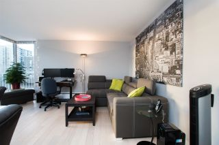 """Photo 5: 402 1250 BURNABY Street in Vancouver: West End VW Condo for sale in """"The Horizon"""" (Vancouver West)  : MLS®# R2529902"""