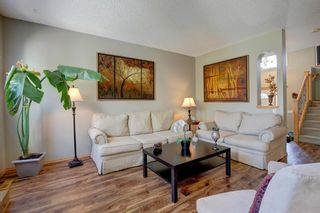 Photo 10: 223 Springborough Way SW in Calgary: Springbank Hill Detached for sale : MLS®# A1114099