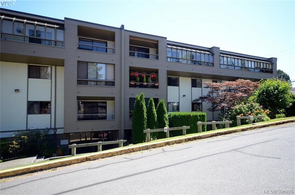 Main Photo: 207 955 Dingley Dell in VICTORIA: Es Kinsmen Park Condo for sale (Esquimalt)  : MLS®# 793832
