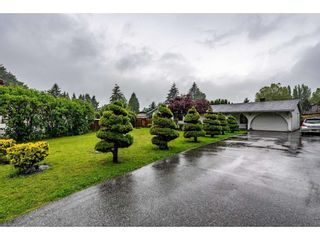 Photo 2: 2492 CAMERON Crescent in Abbotsford: Abbotsford East House for sale : MLS®# R2464314