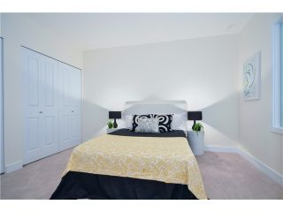 """Photo 6: 205 3715 COMMERCIAL Street in Vancouver: Victoria VE Townhouse for sale in """"O2"""" (Vancouver East)  : MLS®# V1032574"""