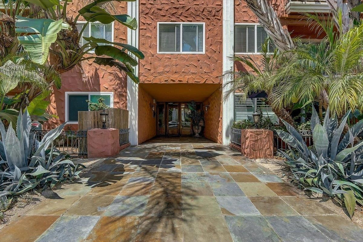 Main Photo: HILLCREST Condo for sale : 2 bedrooms : 3688 1St Ave #30 in San Diego