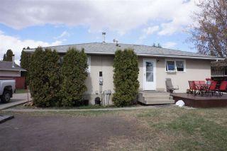 Photo 27: 218 HOMESTEAD Crescent in Edmonton: Zone 35 House for sale : MLS®# E4242279