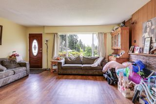 Photo 3: 924 VINEY Road in North Vancouver: Lynn Valley House for sale : MLS®# R2594861