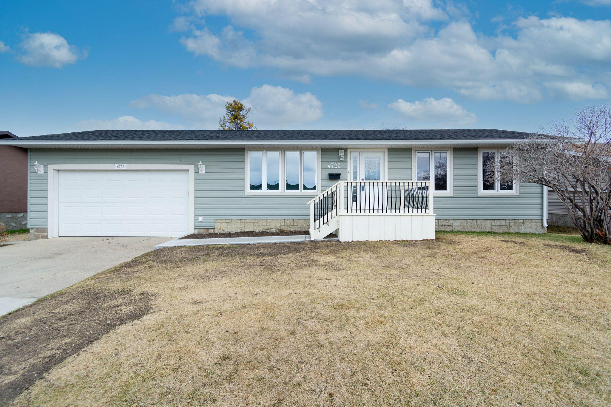 Main Photo: 4723 58 Street: Cold Lake House for sale : MLS®# E4235096