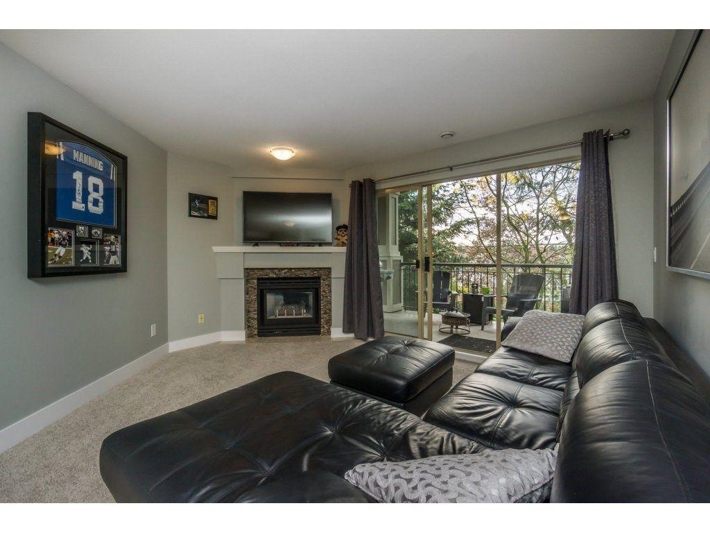 "Photo 11: Photos: 316 22025 48 Avenue in Langley: Murrayville Condo for sale in ""Autumn Ridge"" : MLS®# R2120963"