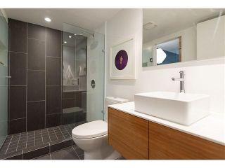 "Photo 10: 102 2110 YORK Avenue in Vancouver: Kitsilano Condo for sale in ""NEW YORK ON YORK"" (Vancouver West)  : MLS®# V1079189"