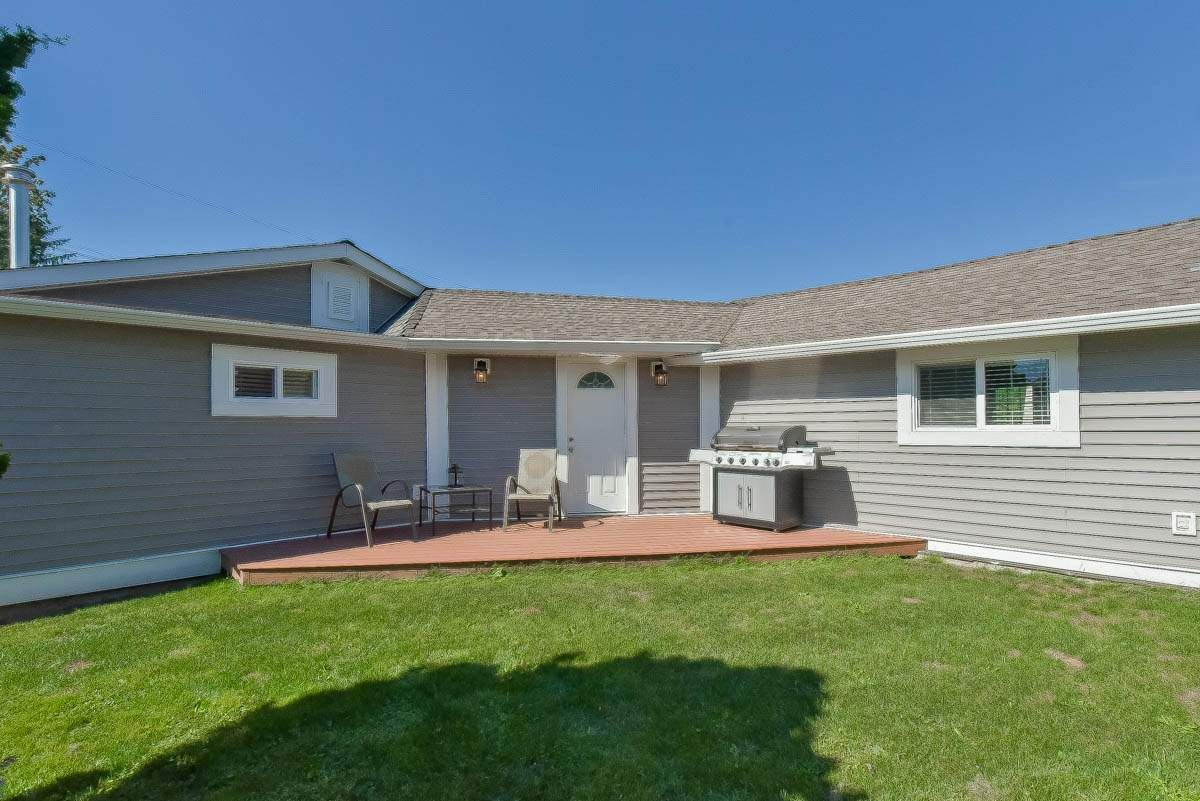 Main Photo: 9844 MUNRO Avenue in Rosedale: Rosedale Center House for sale : MLS®# R2234297