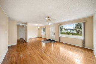 Photo 3: 3320 Dover Ridge Drive SE in Calgary: Dover Detached for sale : MLS®# A1141061