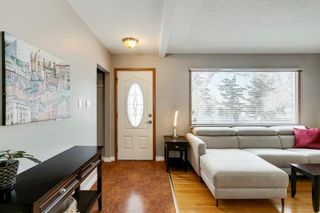 Photo 2: 1444 16 Street NE in Calgary: Mayland Heights Detached for sale : MLS®# A1074923