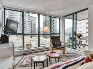 """Photo 5: 1002 1238 MELVILLE Street in Vancouver: Coal Harbour Condo for sale in """"Pointe Claire"""" (Vancouver West)  : MLS®# R2416117"""