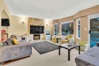 Photo 2: 2822 E 43RD Avenue in Vancouver: Killarney VE House for sale (Vancouver East)  : MLS®# R2526210