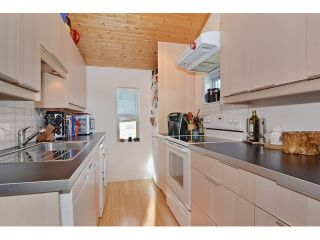 """Photo 17: 3256 FLEMING Street in Vancouver: Knight House for sale in """"CEDAR COTTAGE"""" (Vancouver East)  : MLS®# V1116321"""