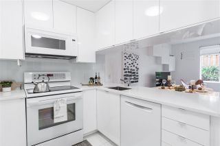 """Photo 4: 103 929 W 16TH Avenue in Vancouver: Fairview VW Condo for sale in """"Oakview Gardens"""" (Vancouver West)  : MLS®# R2369711"""
