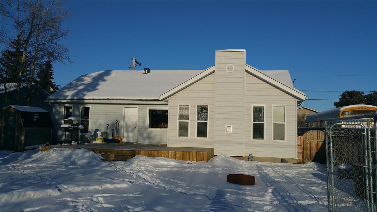 """Main Photo: 9207 108 Avenue in Fort St. John: Fort St. John - City NE House for sale in """"KEARNEY"""" (Fort St. John (Zone 60))  : MLS®# R2011187"""