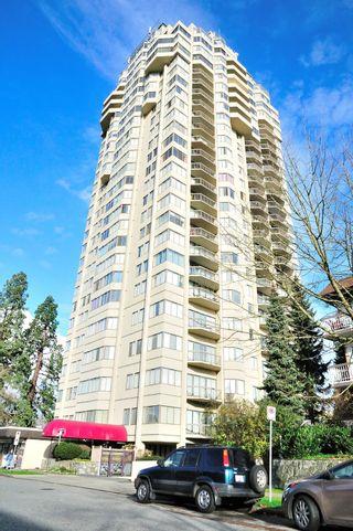 "Photo 2: 1105 6540 BURLINGTON Avenue in Burnaby: Metrotown Condo for sale in ""BURLINGTON SQUARE"" (Burnaby South)  : MLS®# R2122969"