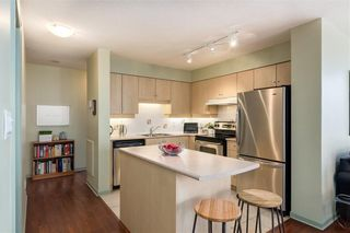 Photo 8: 501 650 10 Street SW in Calgary: Downtown West End Apartment for sale : MLS®# C4232360