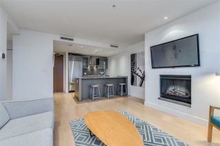 """Photo 7: 3307 1111 ALBERNI Street in Vancouver: West End VW Condo for sale in """"SHANGRI-LA"""" (Vancouver West)  : MLS®# R2558444"""