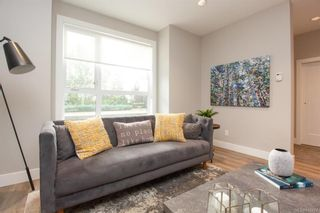Photo 10: 7876 Lochside Dr in Central Saanich: CS Turgoose Row/Townhouse for sale : MLS®# 842774
