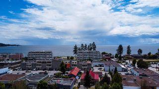 "Photo 2: 308 5711 MERMAID Street in Sechelt: Sechelt District Condo for sale in ""MERMAID BUILDING"" (Sunshine Coast)  : MLS®# R2593663"