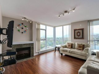 """Photo 3: 2804 2225 HOLDOM Avenue in Burnaby: Central BN Condo for sale in """"LEGACY TOWER 1"""" (Burnaby North)  : MLS®# R2071147"""
