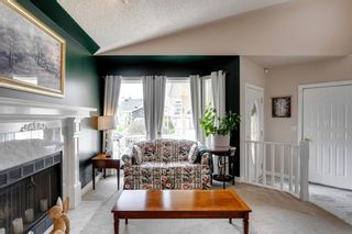 Photo 8: 60 Shawfield Way SW in Calgary: Shawnessy Detached for sale : MLS®# A1113595