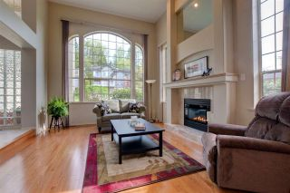 Photo 2: 105 TIMBERCREST Place in Port Moody: Heritage Mountain House  : MLS®# R2058425