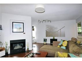 Photo 3: 16 11536 236 Street in Maple Ridge: Cottonwood MR Townhouse for sale : MLS®# V1102932