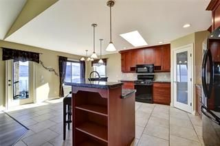 Photo 3: 3645 Gala View Drive in West Kelowna: LH - Lakeview Heights House for sale : MLS®# 10223859