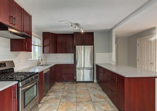 Photo 7: 340 Acadia Drive SE in Calgary: Acadia Detached for sale : MLS®# A1149991