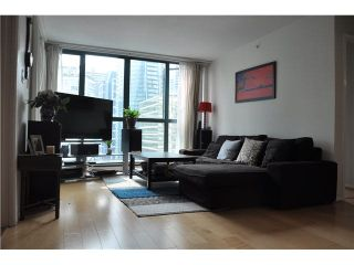 """Photo 5: 2105 1238 MELVILLE Street in Vancouver: Coal Harbour Condo for sale in """"Point Claire"""" (Vancouver West)  : MLS®# V1132813"""