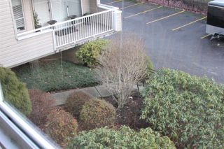 """Photo 11: 201 32040 TIMS Avenue in Abbotsford: Abbotsford West Condo for sale in """"Maplewood Manor"""" : MLS®# R2364559"""