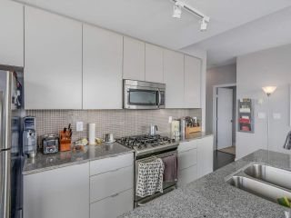 "Photo 10: 609 298 E 11TH Avenue in Vancouver: Mount Pleasant VE Condo for sale in ""THE SOPHIA"" (Vancouver East)  : MLS®# R2106180"