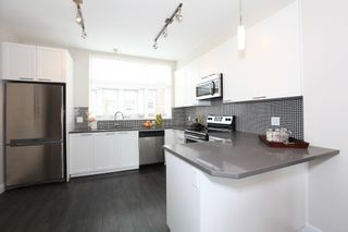 Photo 11: 2228 162 STREET in South Surrey White Rock: Grandview Surrey Home for sale ()  : MLS®# R2105946