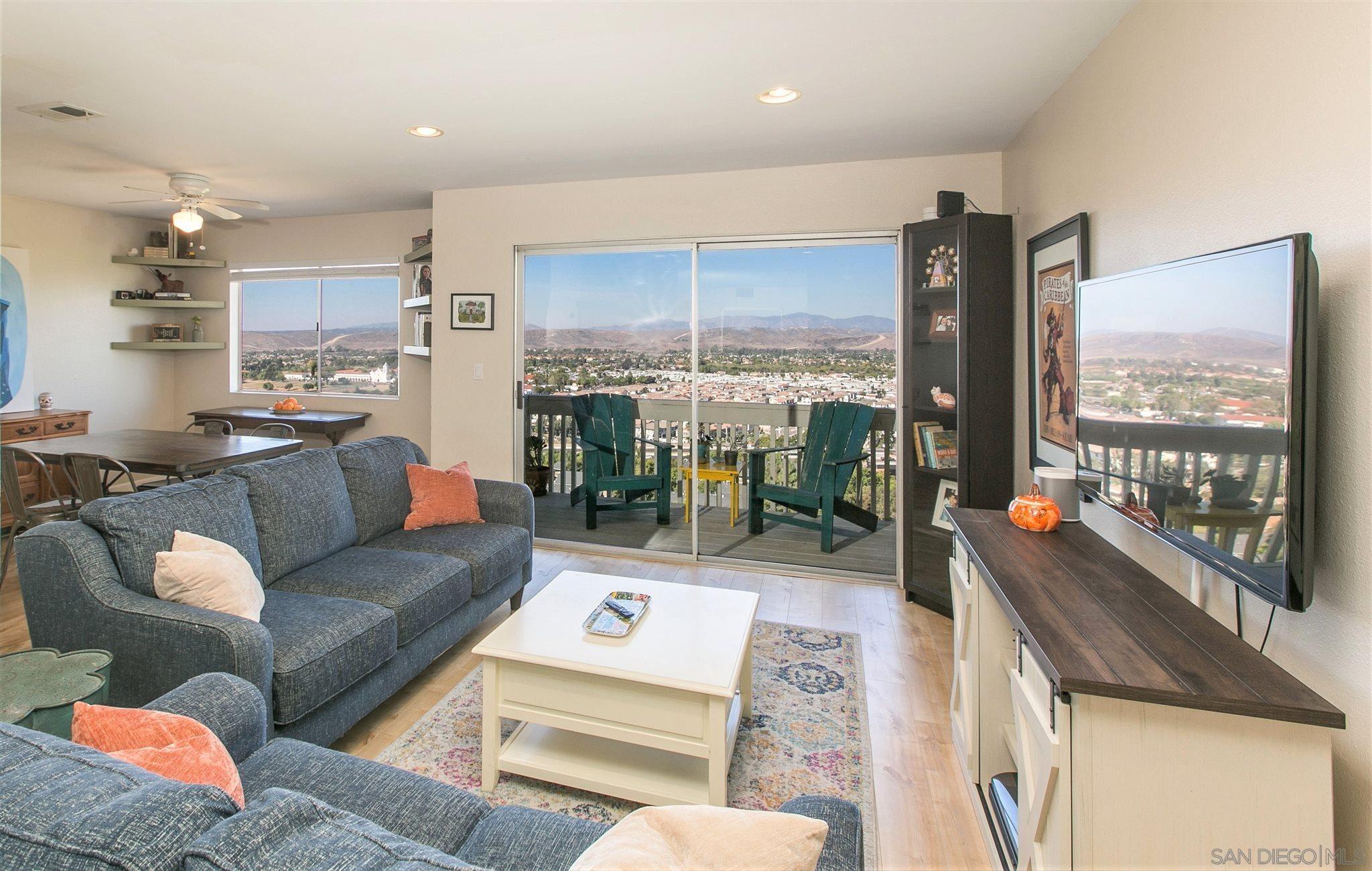 Main Photo: SAN LUIS REY Condo for sale : 2 bedrooms : 4226 La Pinata Way #226 in Oceanside