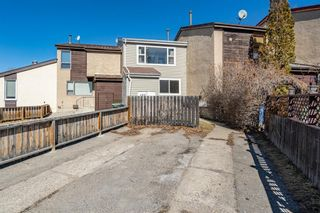 Photo 1: 288 Pensville Close SE in Calgary: Penbrooke Meadows Row/Townhouse for sale : MLS®# A1091204