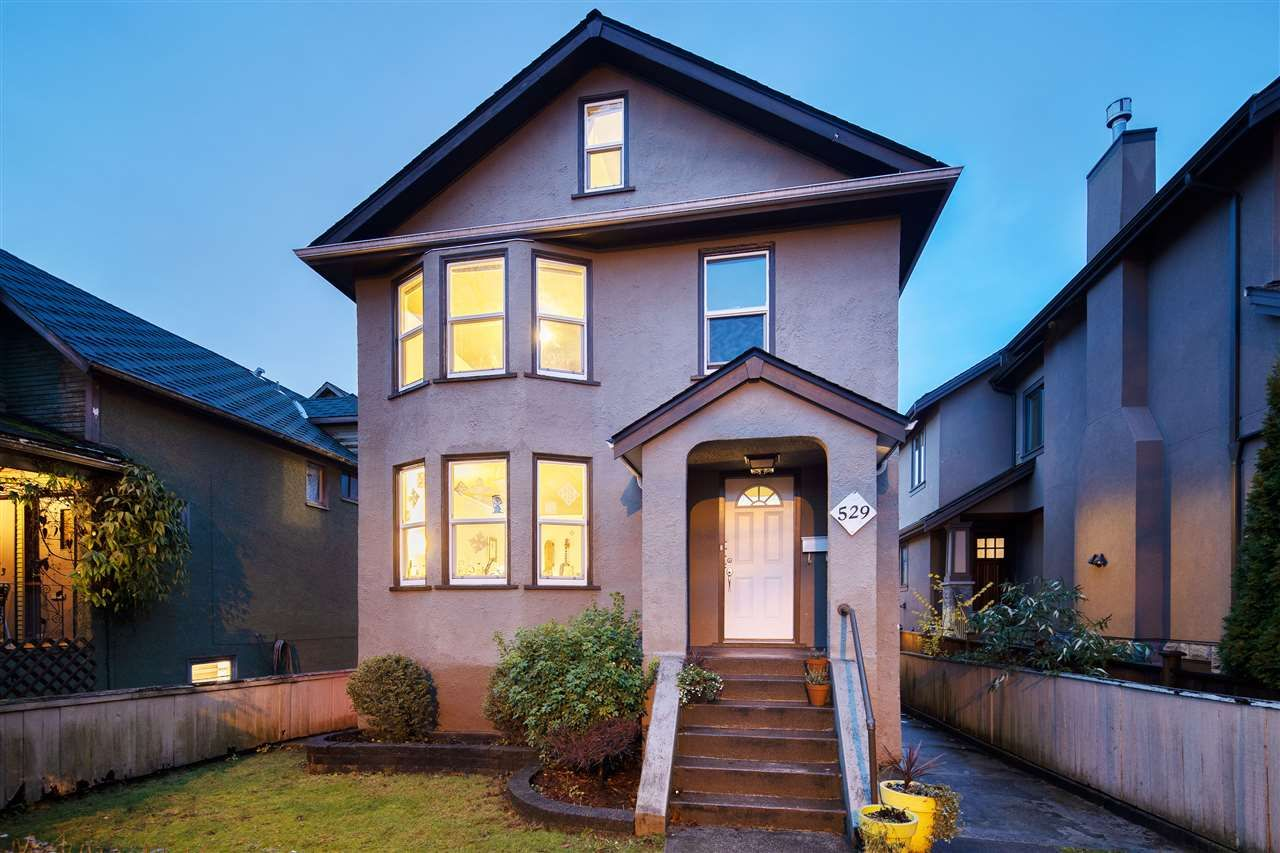 Main Photo: 529 E 11TH Avenue in Vancouver: Mount Pleasant VE House for sale (Vancouver East)  : MLS®# R2519329