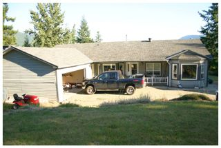 Photo 3: 3040 Fosbery Road: White Lake House for sale (Shuswap)  : MLS®# 101429927