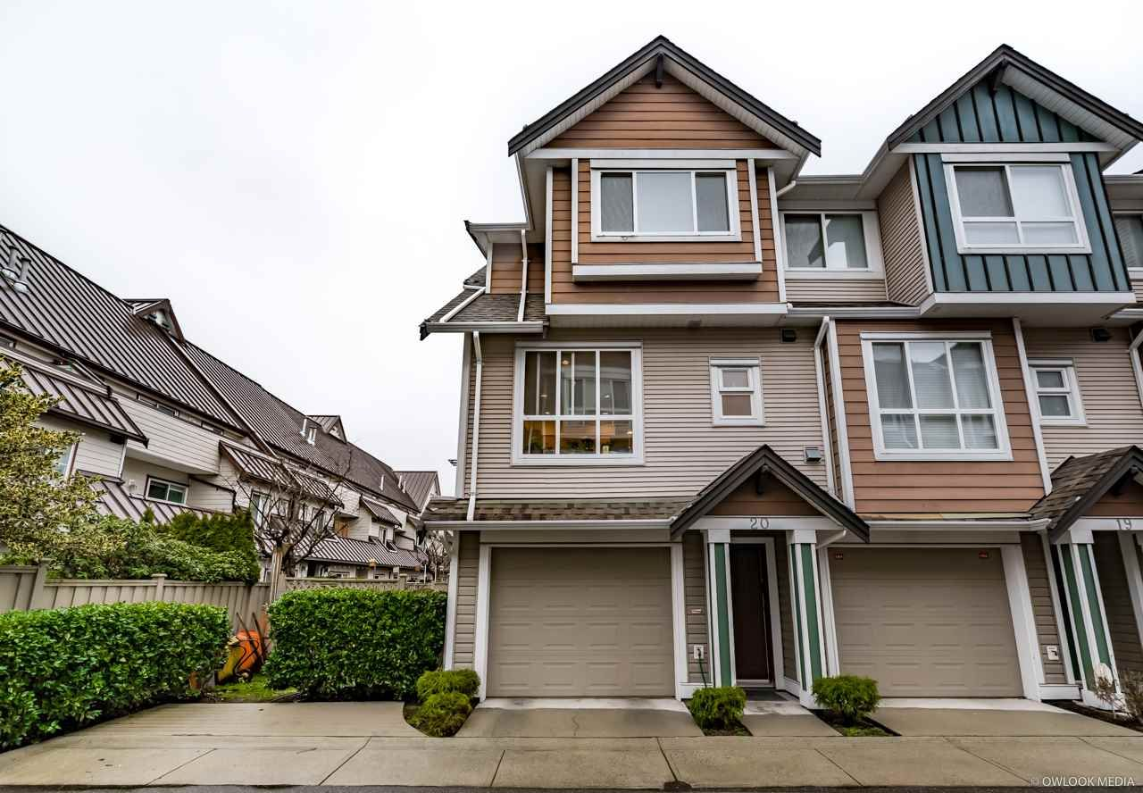 "Main Photo: 20 8080 BENNETT Road in Richmond: Brighouse South Townhouse for sale in ""CANABERRA COURT"" : MLS®# R2238213"