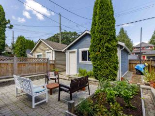 Photo 6: 785 E 22ND AVENUE in Vancouver: Fraser VE House for sale (Vancouver East)  : MLS®# R2490332