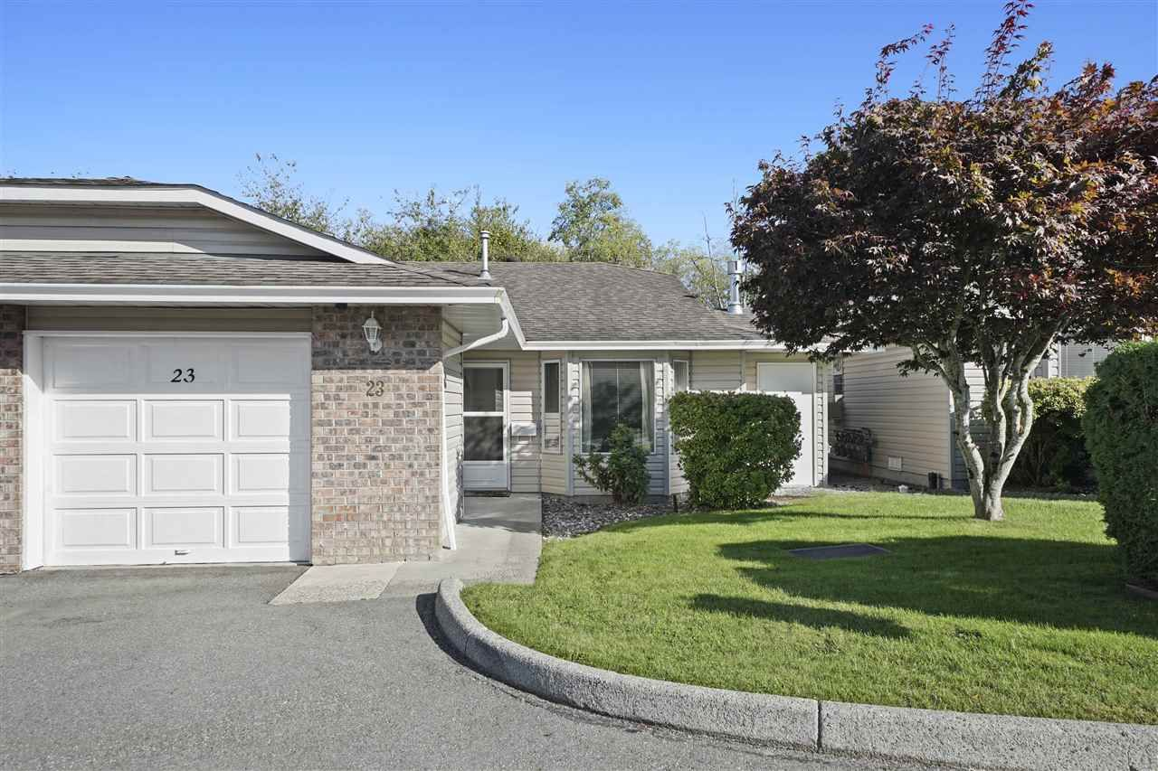 """Main Photo: 23 22308 124 Avenue in Maple Ridge: West Central Townhouse for sale in """"Brandy Wynd Estates"""" : MLS®# R2410563"""