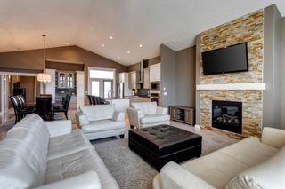 Photo 2: 219 Springbluff Heights SW in Calgary: Springbank Hill Detached for sale : MLS®# A1047010