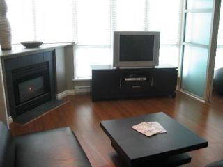 """Photo 3: 201 1159 MAIN Street in Vancouver: Mount Pleasant VE Condo for sale in """"CITYGATE"""" (Vancouver East)  : MLS®# V657583"""