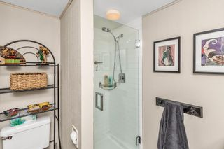 """Photo 21: 105 1379 MERKLIN Street: White Rock Condo for sale in """"THE ROSEWOOD"""" (South Surrey White Rock)  : MLS®# R2590545"""