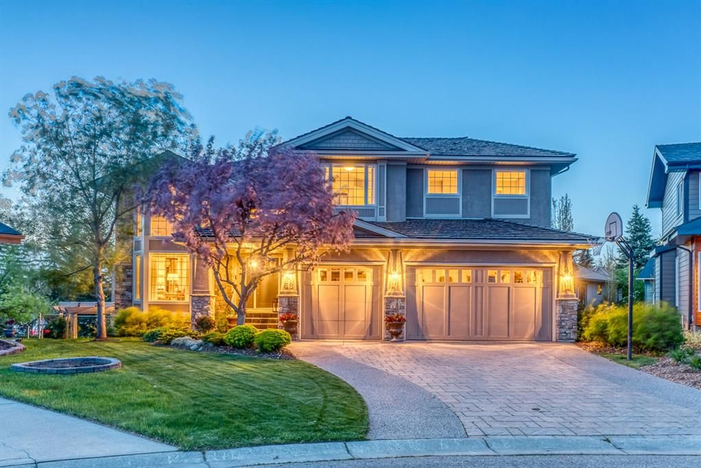 Main Photo: 68 Sunset Close SE in Calgary: Sundance Detached for sale : MLS®# A1113601