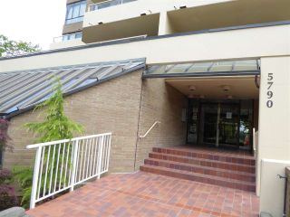 "Photo 2: 803 5790 PATTERSON Avenue in Burnaby: Metrotown Condo for sale in ""THE REGENT"" (Burnaby South)  : MLS®# R2084619"